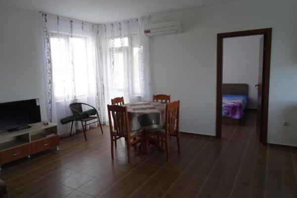 Apartments in Lotos Complex - фото 16