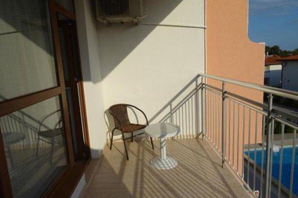 Apartments in Lotos Complex - фото 19