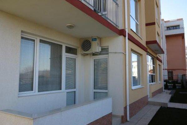 Apartments in Lotos Complex - фото 20