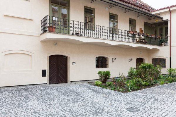 Old Town Apartment Dlouha - фото 21