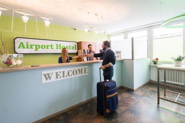 Airport Hostel - фото 13