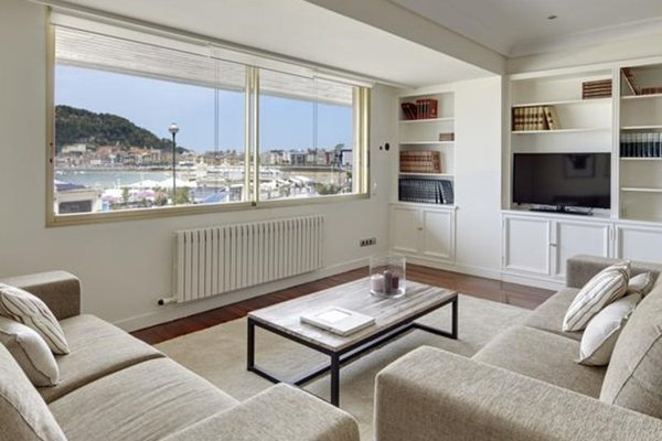Playa de La Concha 3 Apartment by FeelFree Rentals - фото 28