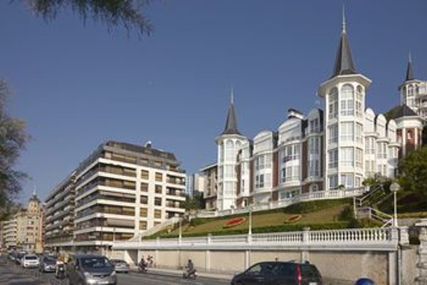 Playa de La Concha 3 Apartment by FeelFree Rentals - фото 23