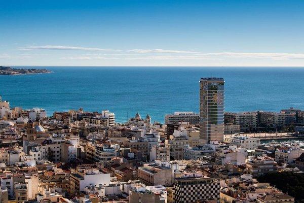 Alicante Skylights Apartments - фото 19