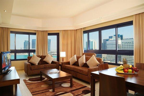 Oriental Hotel Apartments - фото 4