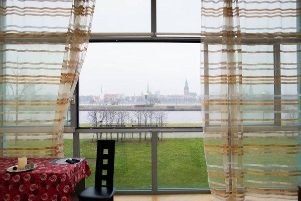 Superior view to Riga over Daugava - фото 6