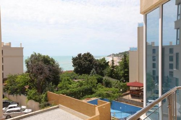 Kabakum Sea View Beach Apartment - фото 17