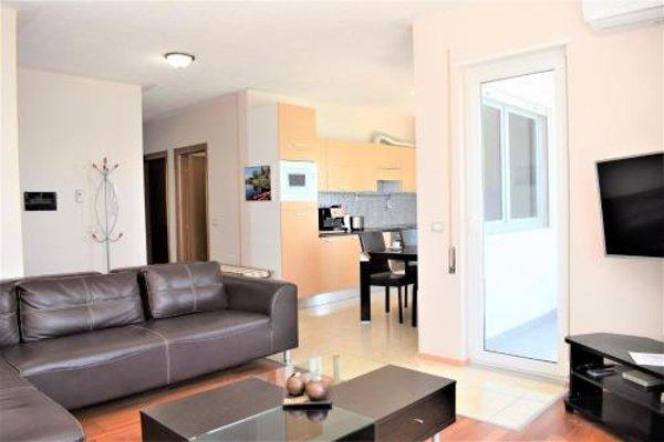 Currila Apartments Durres - фото 8