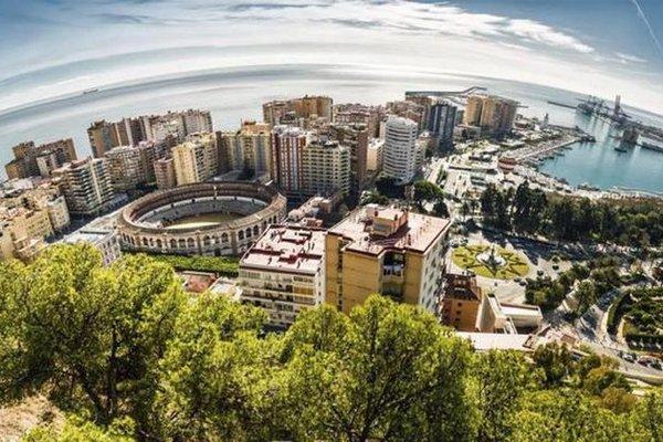 Hostel Bellavista Playa Malaga - фото 18