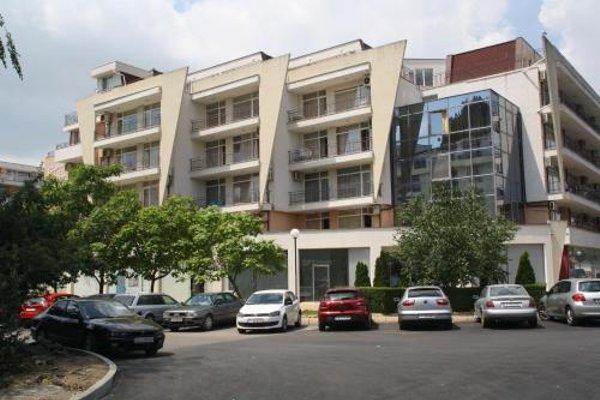 Grand Kamelia Apartment - 11