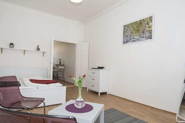 Prague Downtown Accommodation - 15