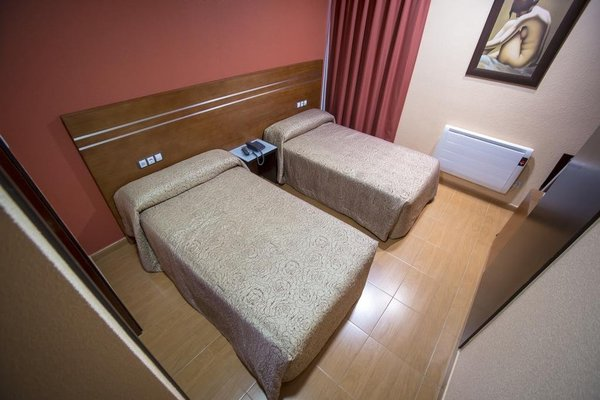 Motel Los Abedules - 3