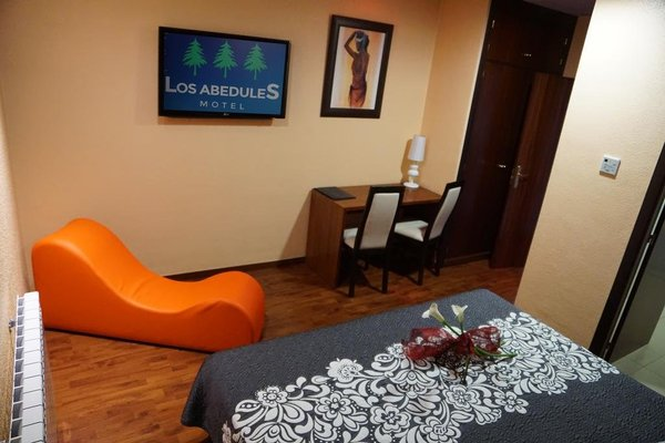 Motel Los Abedules - 8
