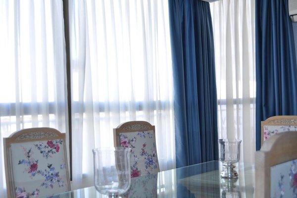 Apartamentos Kasa25 Poeta Vila y Blanco - фото 8