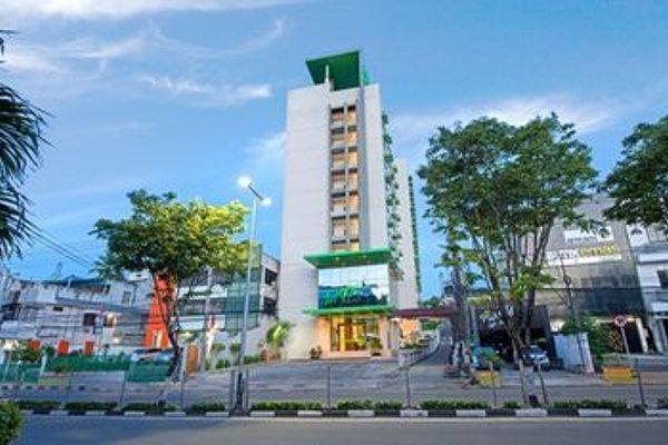 Whiz Prime Hotel Balikpapan - фото 21