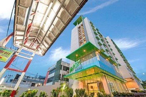 Whiz Prime Hotel Balikpapan - фото 22