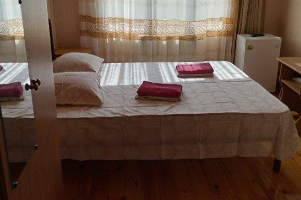 Гостевой дом «На Белых Акаций» - 11