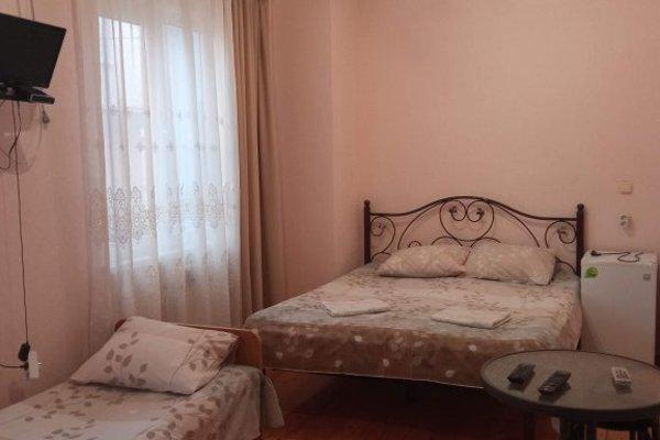 Гостевой дом «На Белых Акаций» - 14