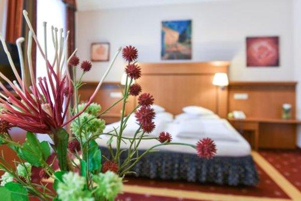 Alexandra Hotel - фото 26
