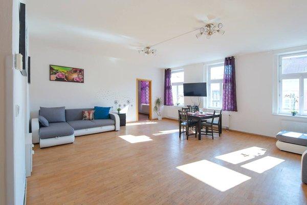 Modern Apartment Zborovska - фото 3