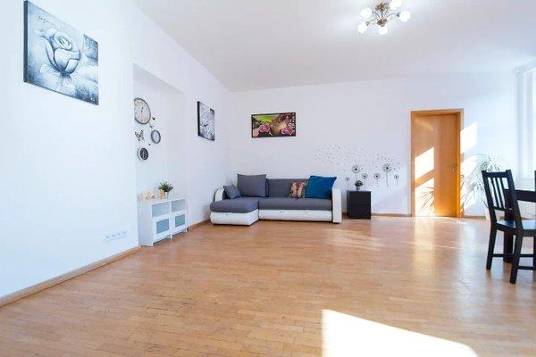 Modern Apartment Zborovska - фото 4