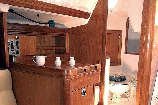 Boat in Vigo (9 metres) - фото 4