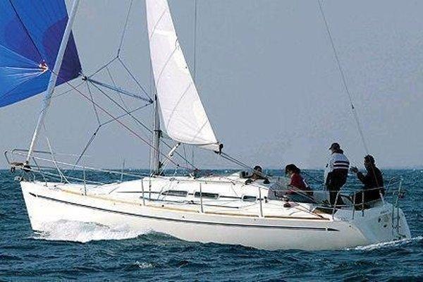 Boat in Vigo (9 metres) - фото 5