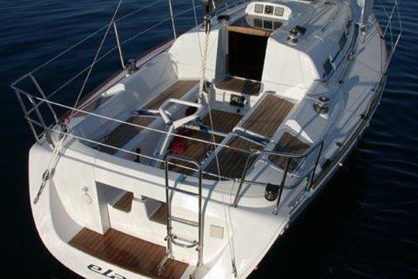 Boat in Vigo (9 metres) - фото 7