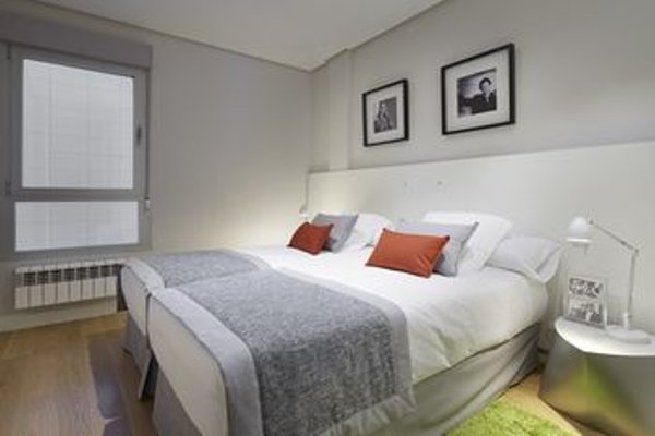 Black & White 4 Apartment by FeelFree Rentals - фото 10