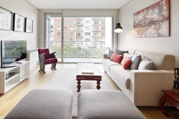Black & White 4 Apartment by FeelFree Rentals - фото 14