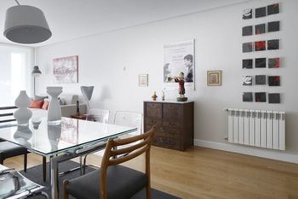 Black & White 4 Apartment by FeelFree Rentals - фото 16