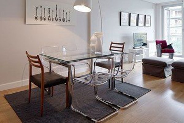 Black & White 4 Apartment by FeelFree Rentals - фото 4