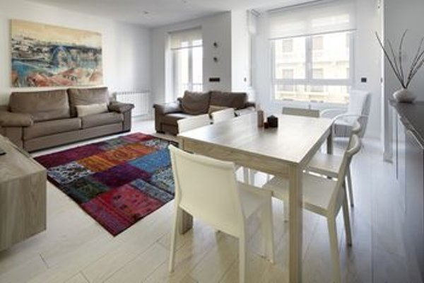 Gros Beach Apartment by FeelFree Rentals - фото 11