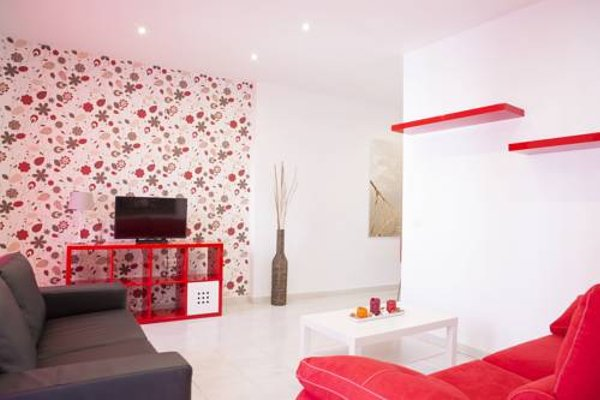 Suncity Plaza Apartamentos - фото 3
