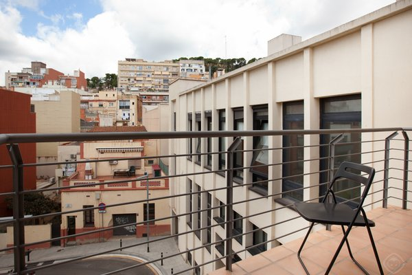 Guell Modern Apartment - фото 22