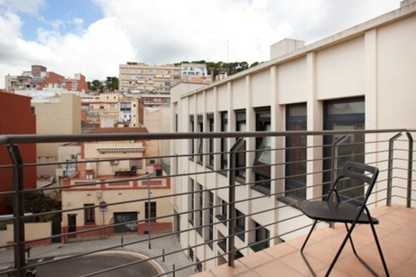 Guell Modern Apartment - фото 23