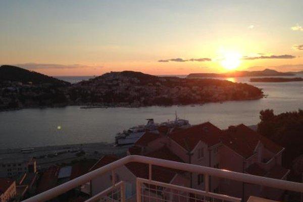 Adriatic Sea View Apartment - 14