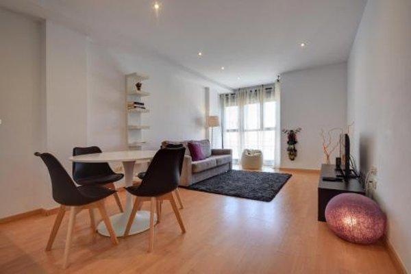 Malvarrosa Beach Apartment - фото 11