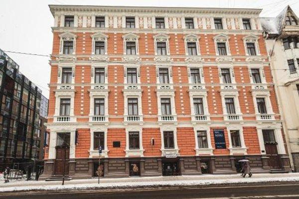 Bearsleys Downtown Apartments - фото 50