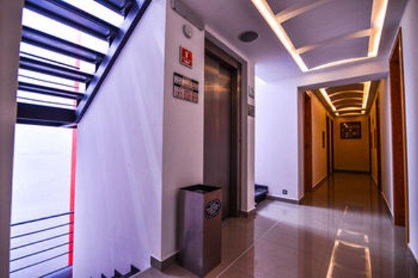 Six Hotel - фото 14