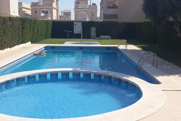 House In The Heart Of Torrevieja - фото 15