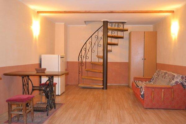 Апартаменты Эллинг В Алуште - фото 9