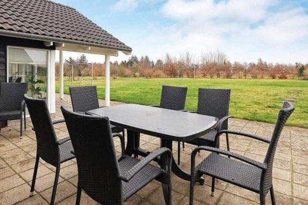 Five-Bedroom Holiday home in Hojslev - 6