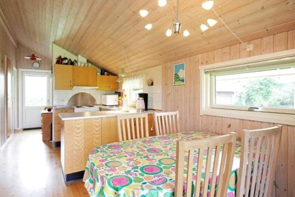 Two-Bedroom Holiday home in Skibby 1 - фото 12