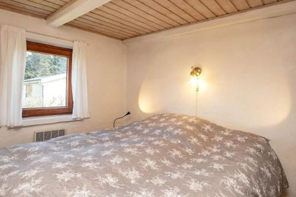 Two-Bedroom Holiday home in Thyholm 3 - фото 15