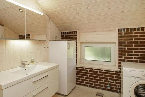 Three-Bedroom Holiday home in Blavand 16 - фото 13