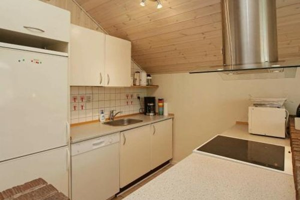 Three-Bedroom Holiday home in Blavand 16 - фото 6