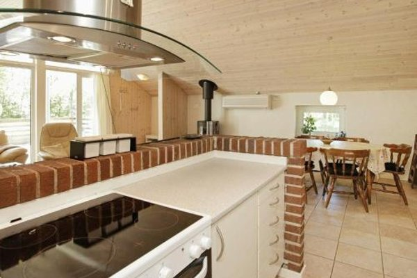 Three-Bedroom Holiday home in Blavand 16 - фото 7