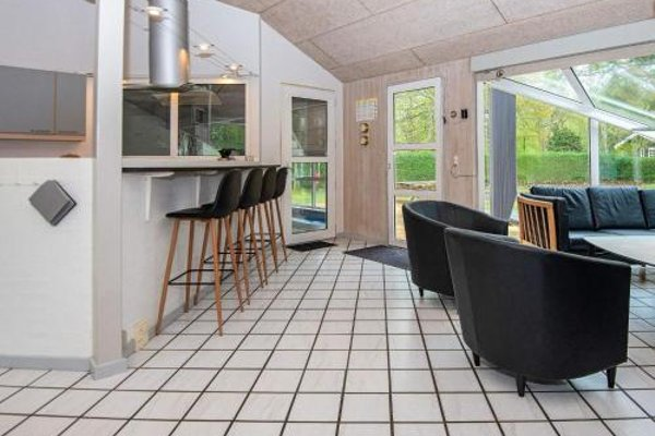 Four-Bedroom Holiday home in Glesborg 9 - фото 7