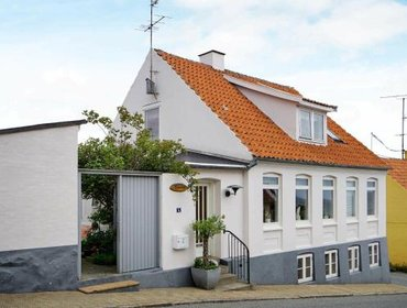 Apartments One-Bedroom Holiday home in Allinge 1